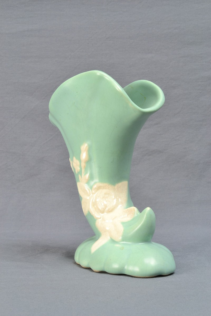 1935 39 Weller Cameo Green With Roses Vase 35 00 The Kings Fortune Vintage And Antique Art