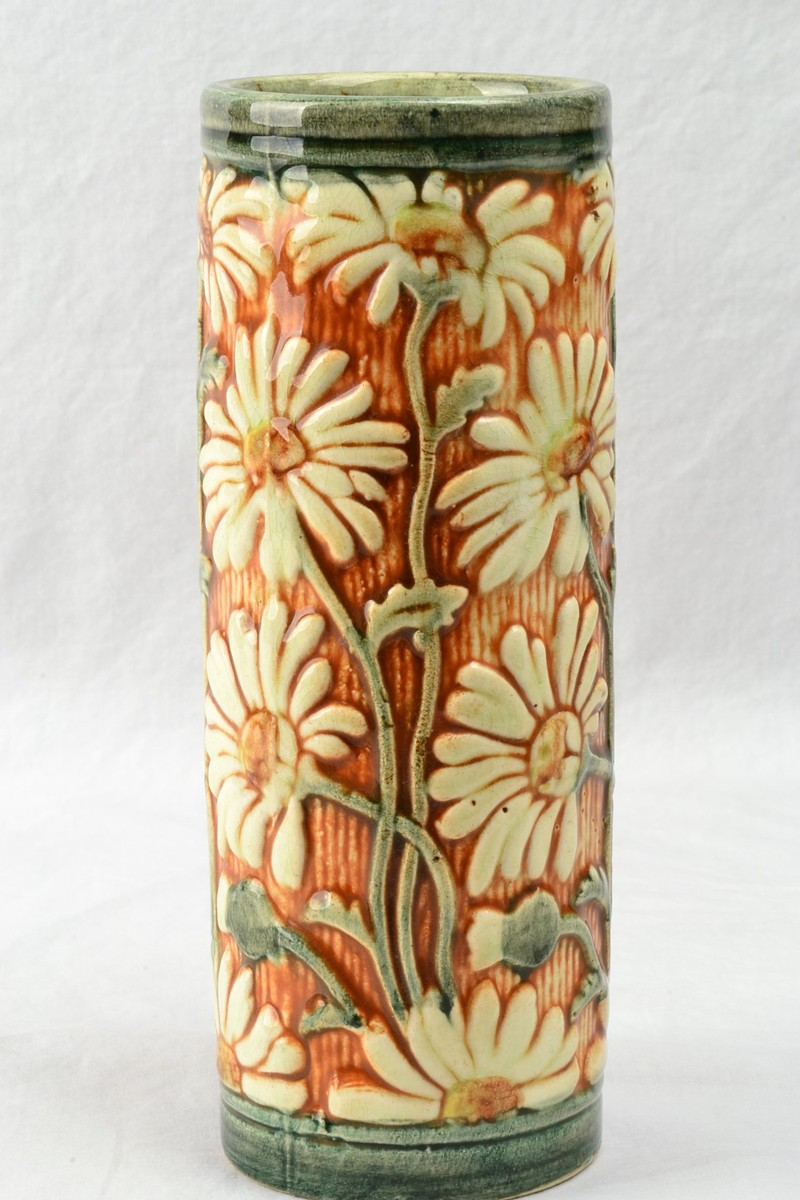 Weller Pottery Late Teens Selma Daisy Cylinder Vase The Kings Fortune