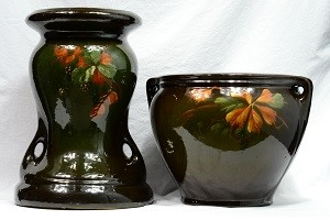 McCoy Loy-Nel-Art Gooseberry Leaves Jardiniere and Pedestal