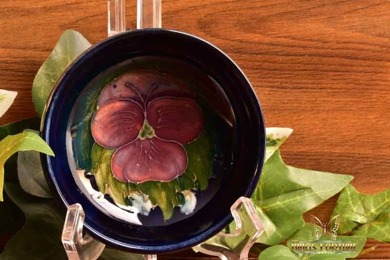 Moorcroft Pottery 1950-86 Blue Hibiscus Small Bowl