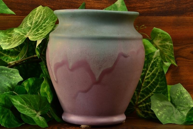 Muncie Pottery 1930 Green over Lilac Vase #415-6 MUNCIE 5A