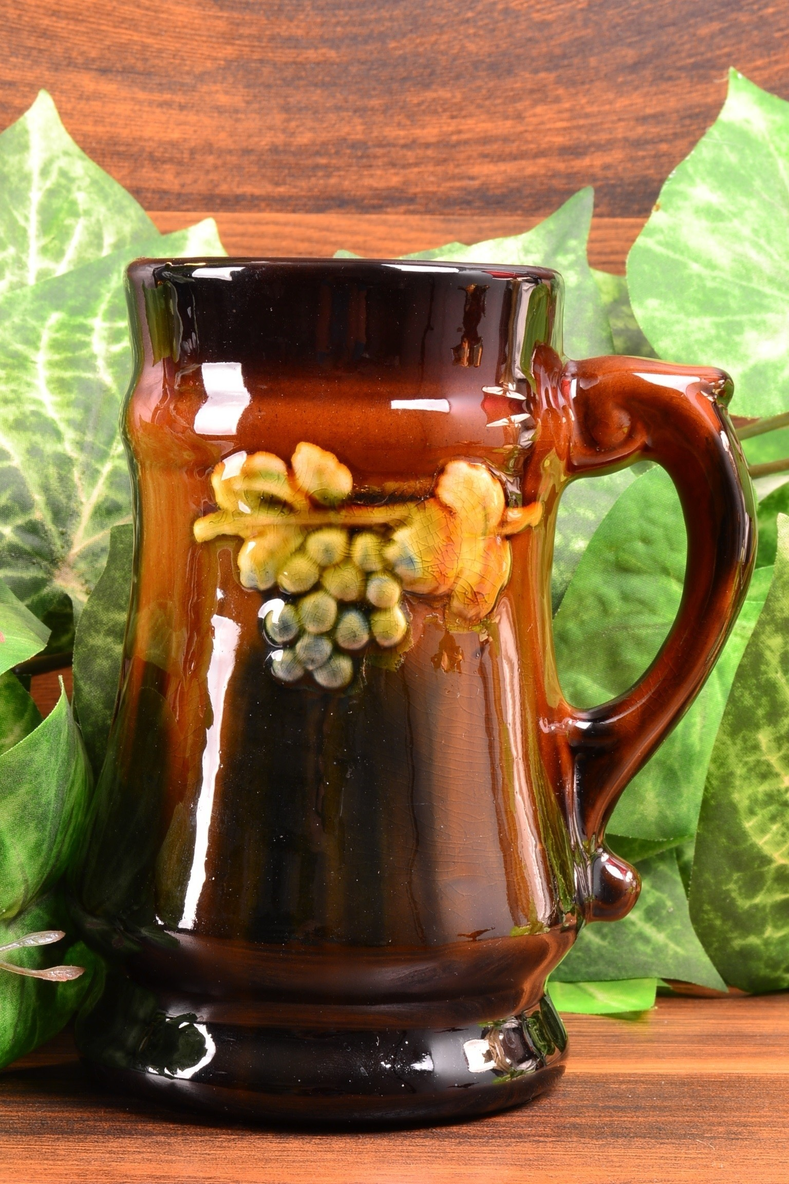 Weller Pottery Standard Ware Glaze Grapes and Leaves Mug