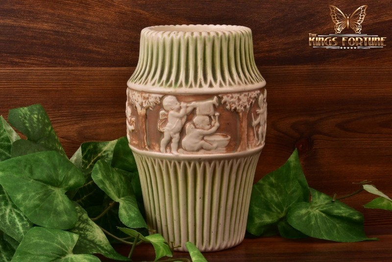 Roseville Pottery 1915-20 Donatello Vase #101-8