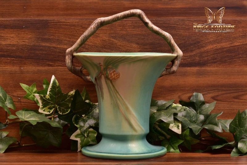 Roseville Pottery 1935-39 Green Pine Cone Basket #338-10