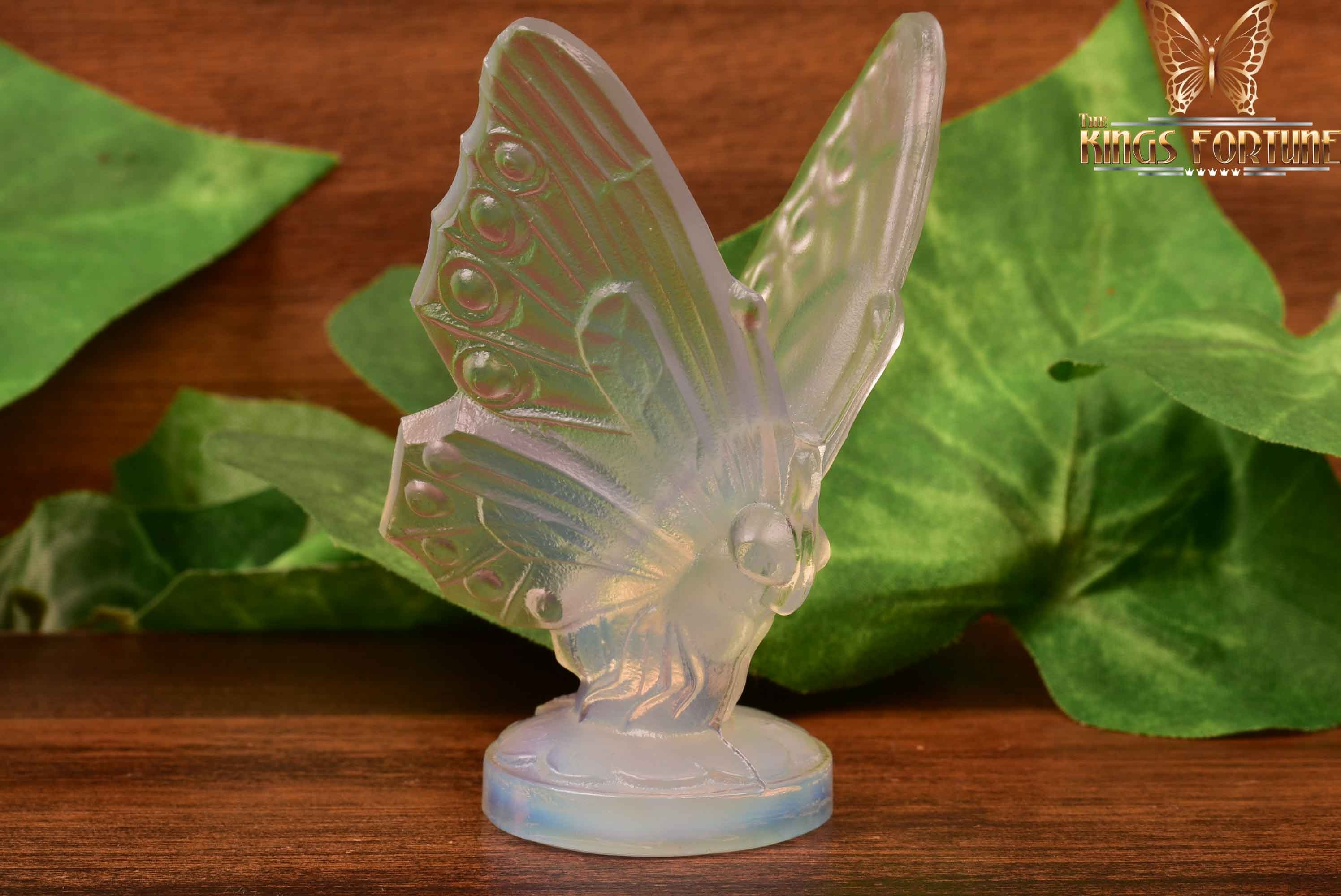 Sabino Opalescent Crystal 1920-30 Open Winged Butterfly Hood Ornament Figure