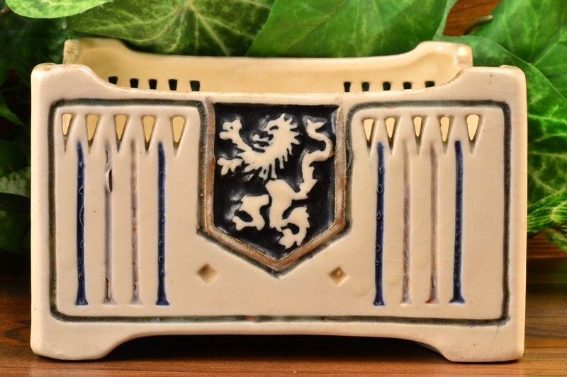 Weller Pottery 1915 Creamware Lion Crest Square Bowl Planter