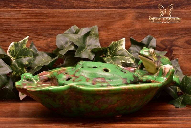 Weller Pottery 1920's Coppertone Frog Lily Pad Bowl Set