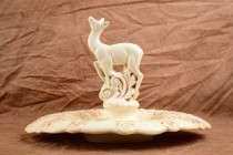 1930-40 Red Wing Leaping Deer Flower Frog and Plate