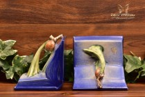 Roseville Pottery 1935 Blue Pine Cone Bookends #1-4 3/4 Stickers